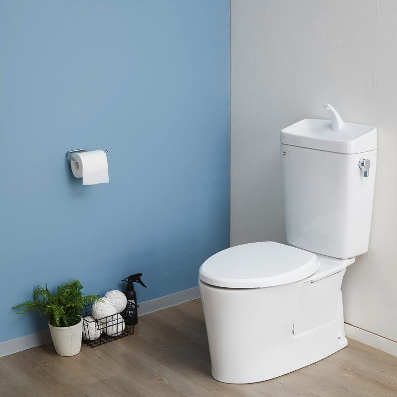 簡単に貼ってはがせる少し厚手のリメイクリール。壁や家具を簡単アレンジ、デコレーション。