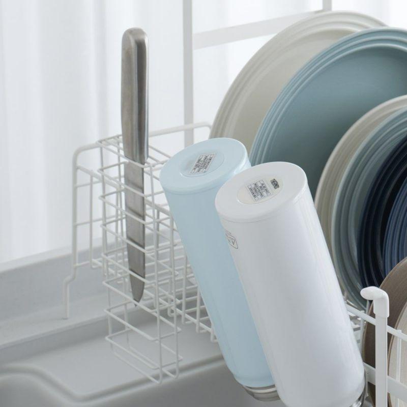 お箸、スプーン、フォークなどに便利なカトラリー入れ。