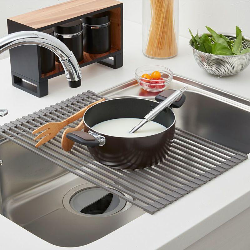 スペースがせまい!を解消。調理中の一時置きにも。耐熱温度210℃